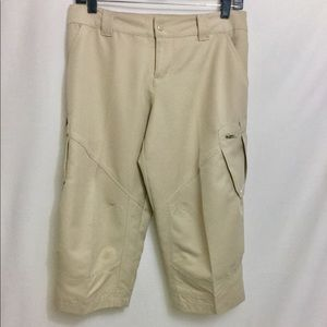 Nike FIT DRY Golf Capri Pants with Pockets